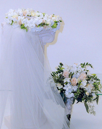 Bridal Accessories A Gathering Of Flowers Cincinnati Ohio Wedding